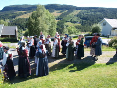 Annríki - Þjóðbúningar og skart á norrænu búningaþingi í Noregi